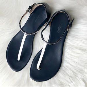 MICHAEL Micheal Kors Thong Flat Sandals